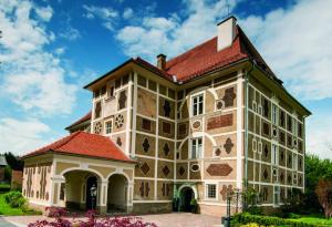 Schloss FARRACH, Steiermark, Zeltweg